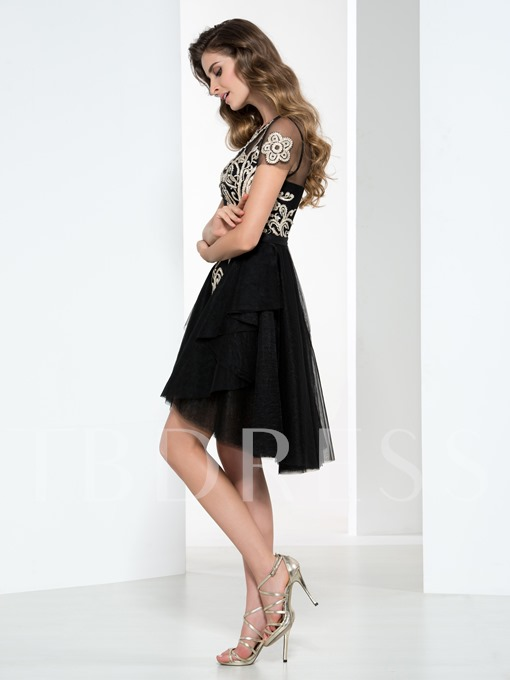 Sheer Neck Short Sleeve Appliques Cocktail Dress
