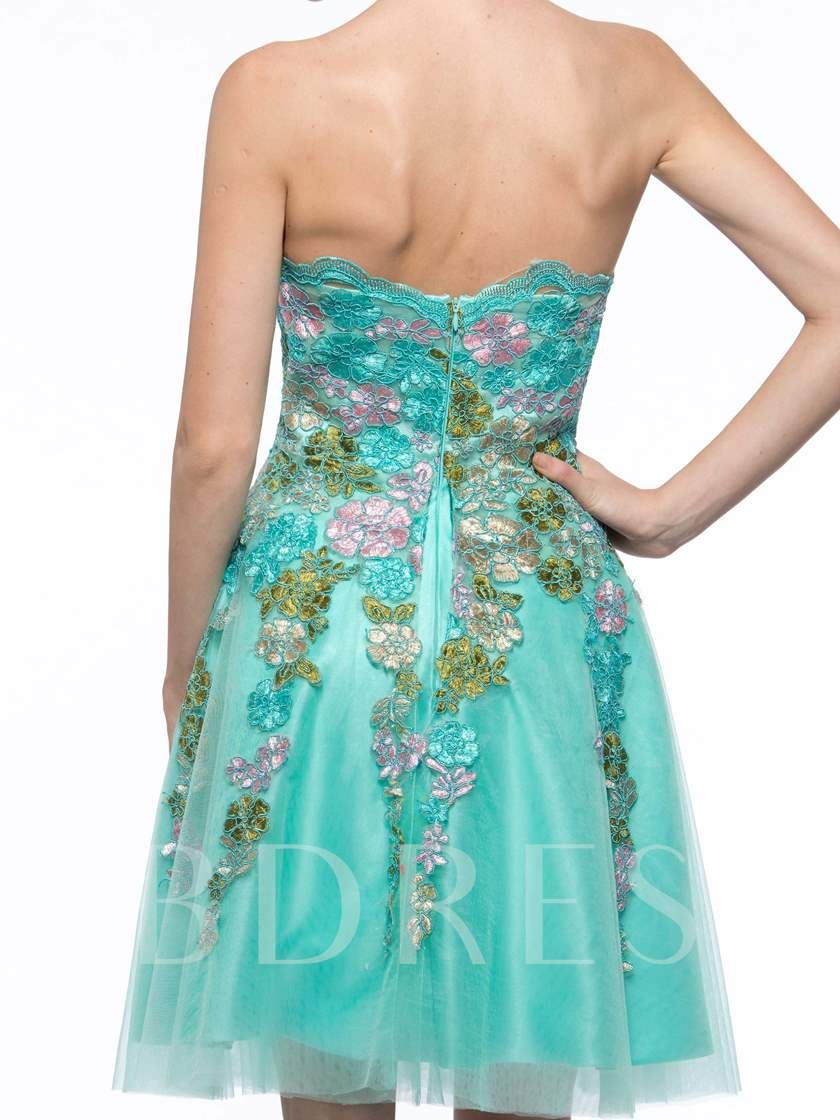 A-Line Strapless Appliques Short Cocktail Dress