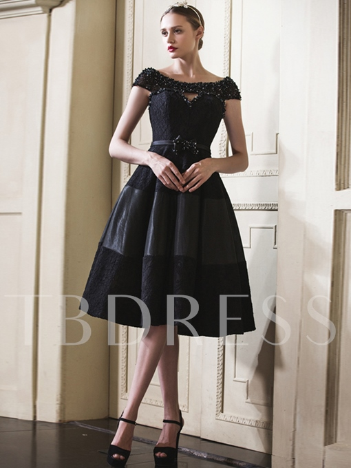 A-Line Cap Sleeves Beading Bowknot Lace Knee-Length Cocktail Dress