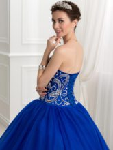 Sweetheart Appliques Beaded Ball Gown Quinceanera Dress