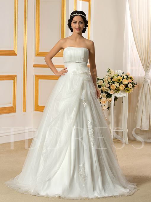 Simple Strapless Pleats Tulle Court Train A-Line Wedding Dress