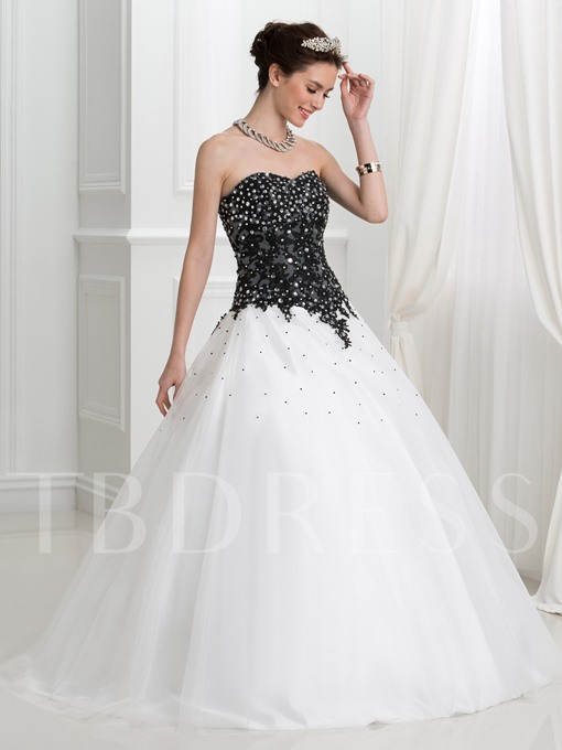 Ball Gown Sweetheart Beaded Appliques Quinceanera Dress