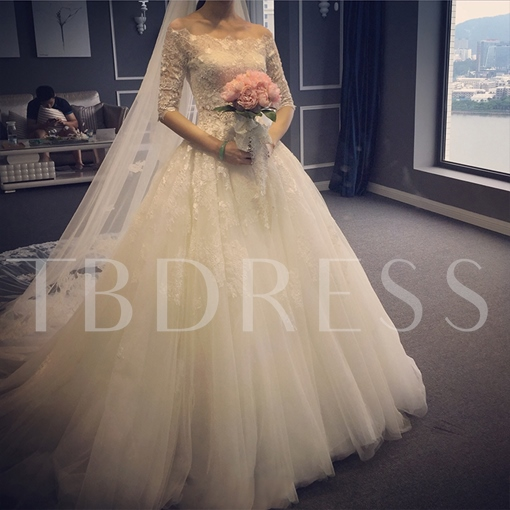 Lace Half Sleeve Ball Gown Tulle Chapel Muslim Wedding Dress