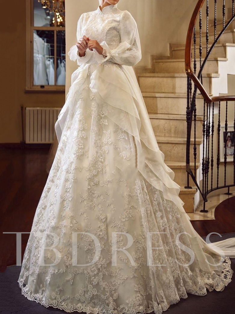 High Neck Lace Long Sleeve Arabic Chapel Wedding Dress