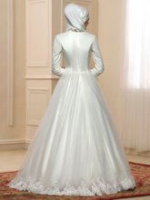 Sequins Appliques Ball Gown Muslim Wedding Dress with Hijab