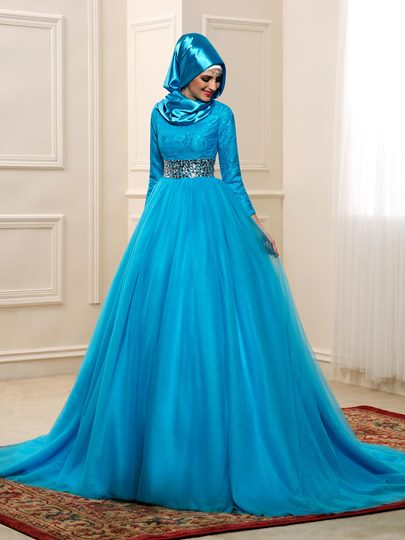 Chapel Beading Tulle Long Sleeves Muslim Arabic Wedding Dress in Color