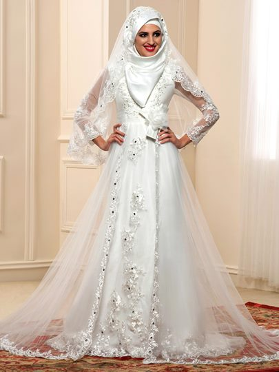 Long Sleeves Beading Lace Tulle Arabic Muslim Wedding Dress with Hijab