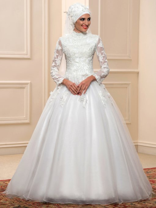 High Neck Long Sleeves Ball Gown Appliques Arabic Muslim Wedding Dress