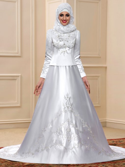 Embroidery Beaded Long Sleeve Muslim Wedding Dress