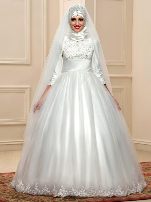 Appliques Beaded Ball Gown Arabic Wedding Dress