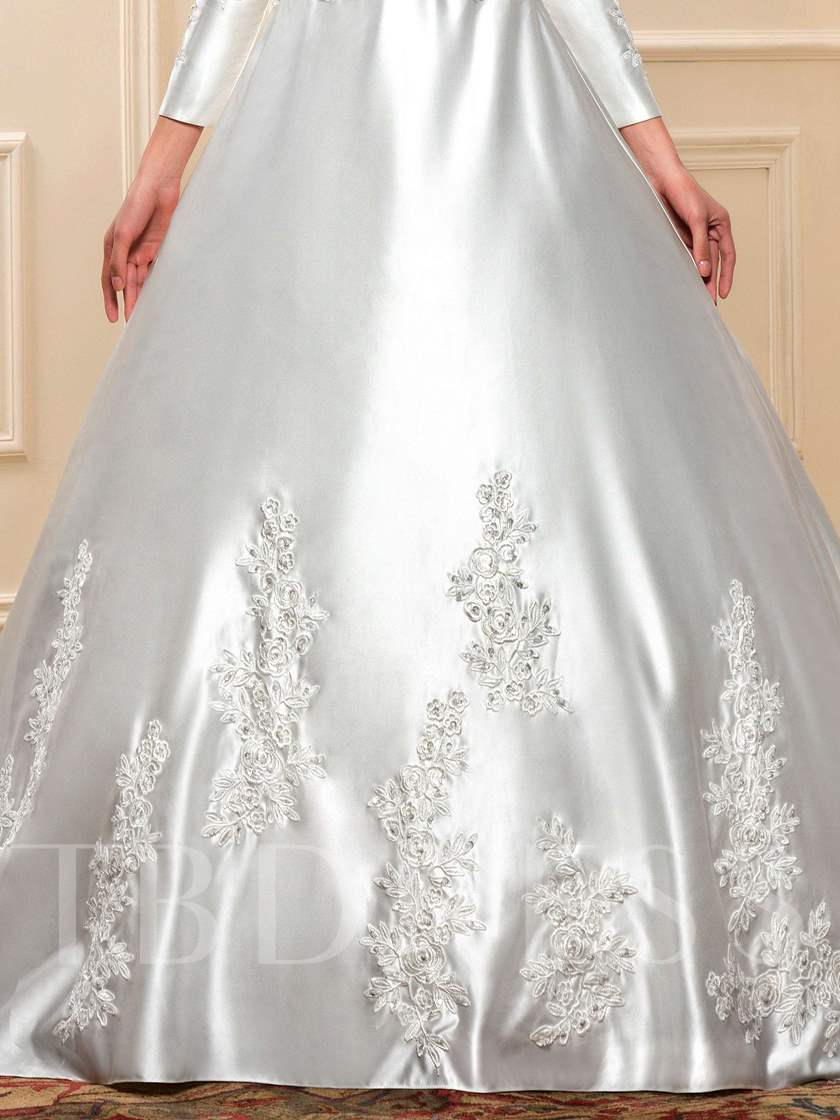 Long Sleeve Appliques Matte Satin Ball Gown Arabic Wedding Dress