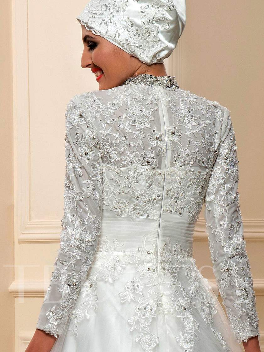 Appliques Beading Muslim Wedding Dress with Hijab