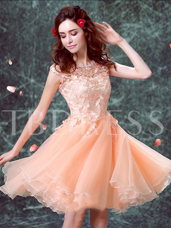 A-Line Cap Sleeves Scoop Lace Short Homecoming Dress