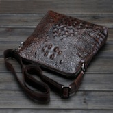 Casual Exaggerated Croco Embossing Men's Messenger Bag
