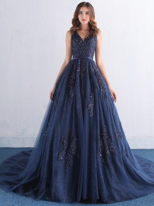 A-Line Appliques V-Neck Beaded Court Train Evening Dress