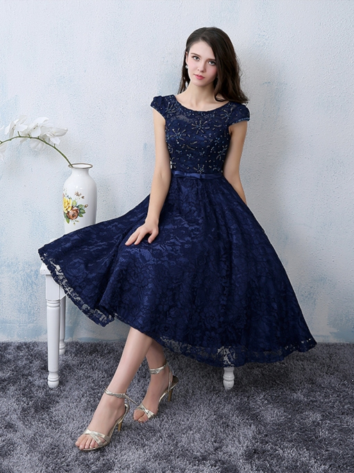 Cap Sleeve Beading Bowknot Lace-Up Lace Cocktail Dress