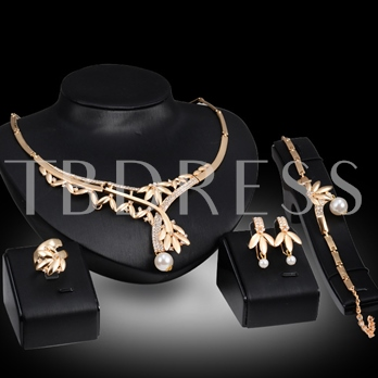 Gold-Plated Zircon Pearl 4 Piece Jewelry Set