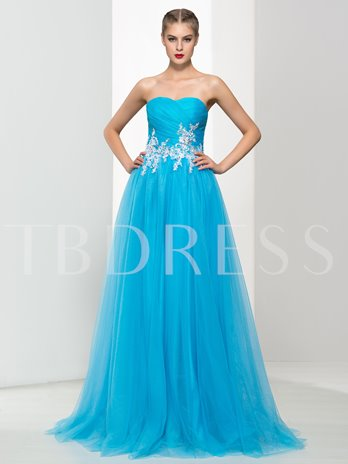 A-Line Sweetheart Button Back Appliques Prom Dress