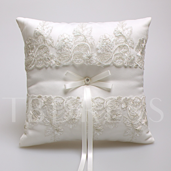 Embroidery Lace Wedding Ring Pillow with Ribbon