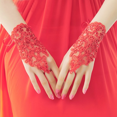 Red Lace Finger-Less Bridal Gloves