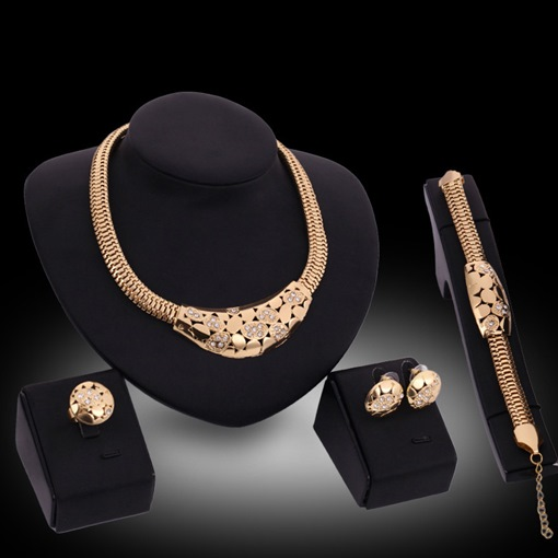 Golden Circle Design Four-Piece Jewelry Set