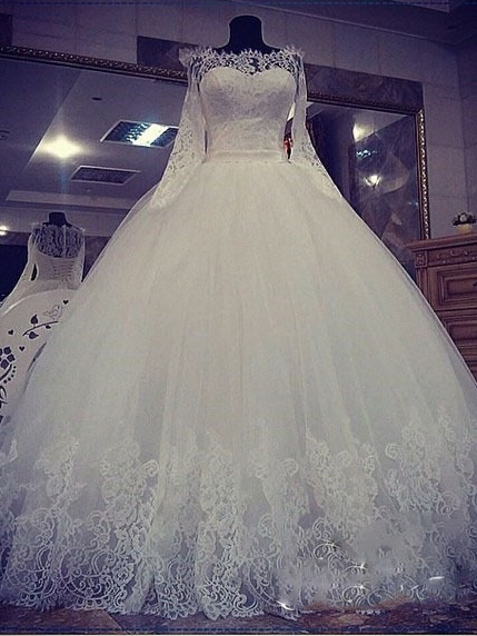 Long Sleeve Lace Appliques Ball Gown Wedding Dress