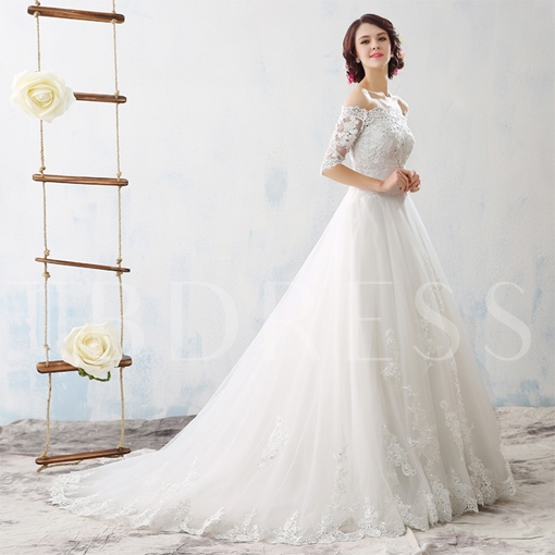 Court Train Off-The-Shoulder Half Sleeves Lace Tulle Wedding Dress