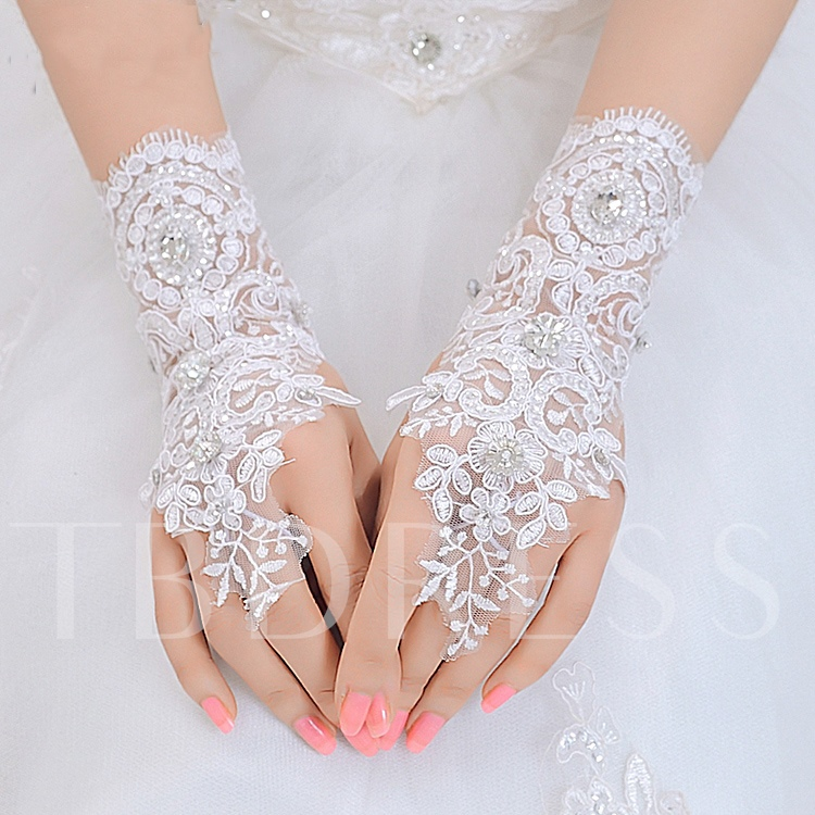 Wrist Length Appliques Lace Wedding Gloves