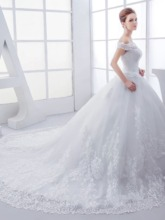 Off The Shoulder Lace Appliques Ball Gown Wedding Dress