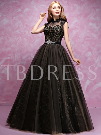 Sheer Neck Lace Appliques Long Ball Gown