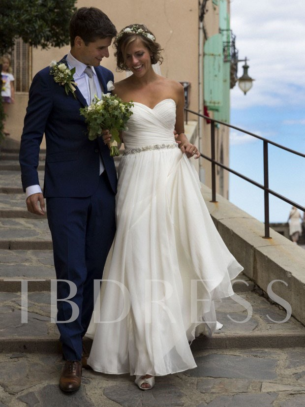 Sweetheart Pleats Beading Beach Wedding Dress