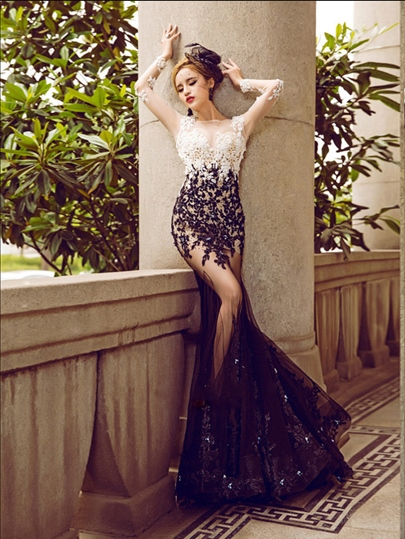 Jewel Neck Trumpet Appliques Beading Lace Sequins Evening Dress