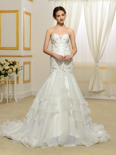 Designer Sweetheart Beading Tiered Tulle Trumpet/Mermaid Wedding Dress