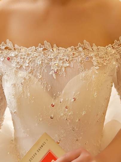 Ball Gown Half Sleeves Appliques Lace Bridal Gown