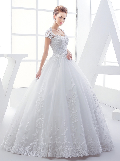 Heart Keyhole Back Appliques Ball Gown Plus Size Wedding Dress