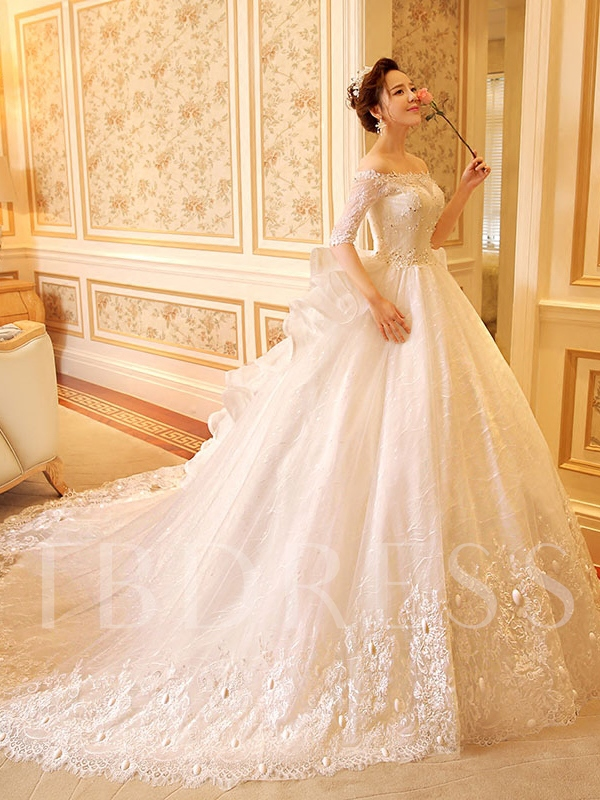 Image of Ball Gown Half Sleeves Appliques Lace Bridal Gown