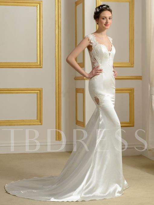 Trumpet Court Train Lace Appliques Wedding Dress