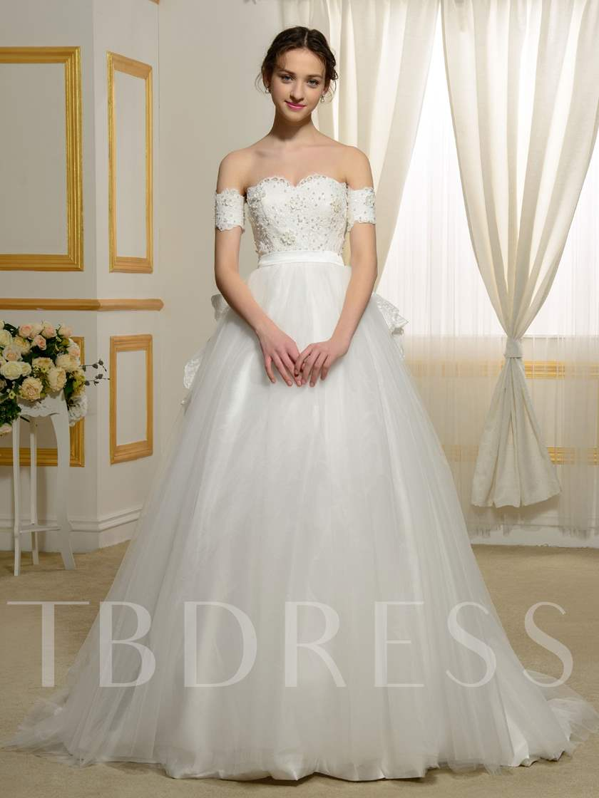 Elegant Off-The-Shoulder Lace Pearls Appliques Ball Gown Wedding ...