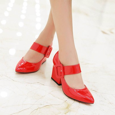 Plain Buckle Pointed Toe Square Heel Women's Pumps