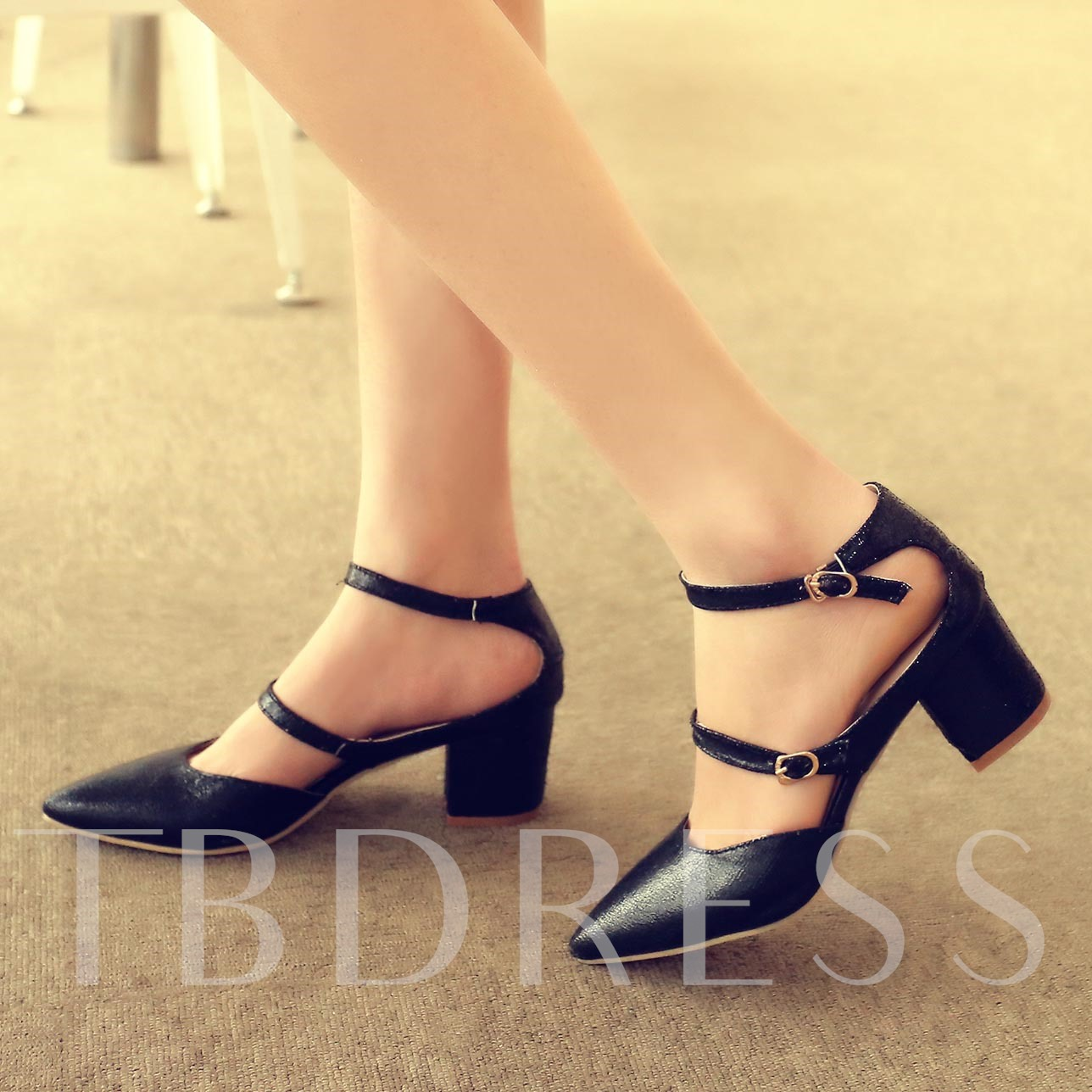 Chunky Heel Plain Pointed Toe Buckle Women's Pumps