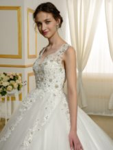 Beading Appliques Lace Ball Gown Wedding Dress