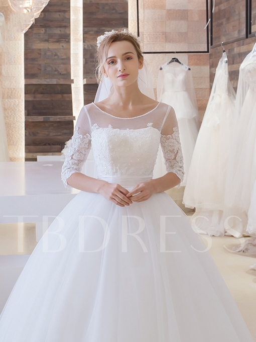 Half Sleeve Lace Tulle Appliques Ball Gown Wedding Dress