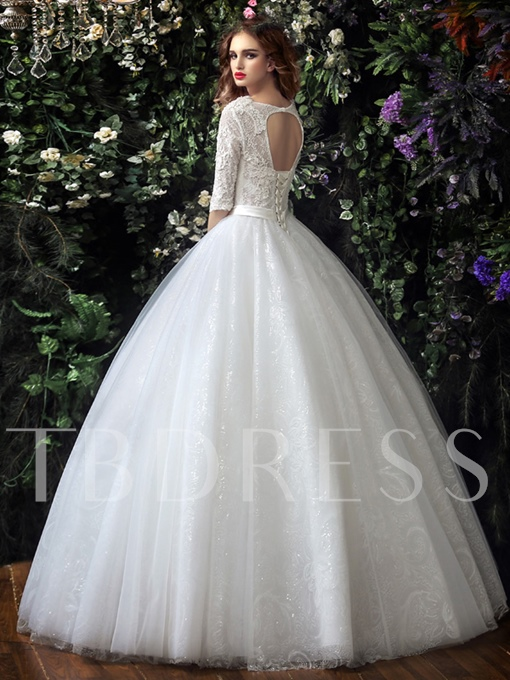 Half Sleeve Tulle Lace Ball Gown V-Neck Wedding Dress