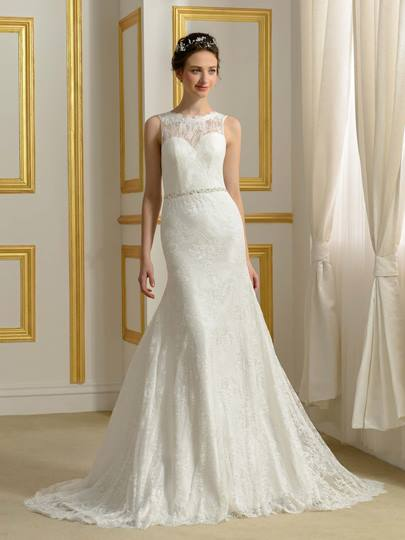 Backless Lace Court Train Trumpet/Mermaid Wedding Dress