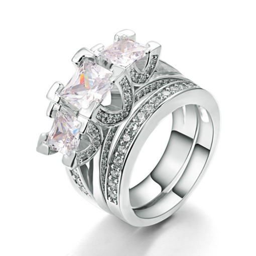 Wonderful Three Zircon Inlaid E-Plating Ring