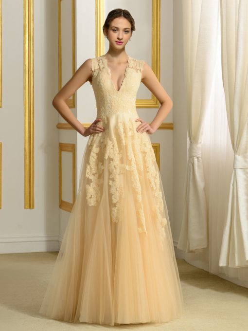 A-Line V-Neck Tulle Appliques Lace Wedding Dress in Color