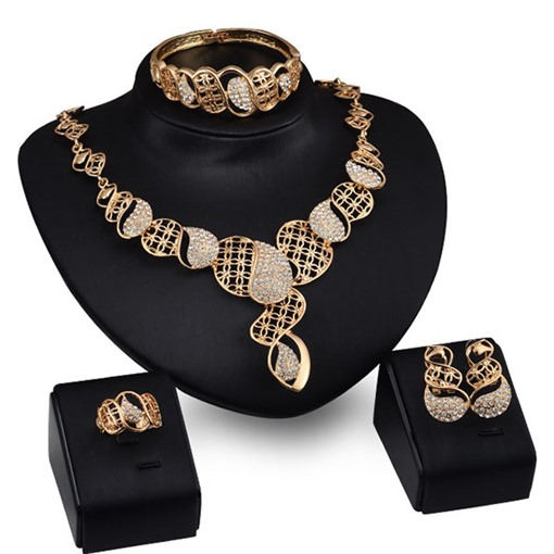Hollow Out Four-Piece Twist Jewelry Set