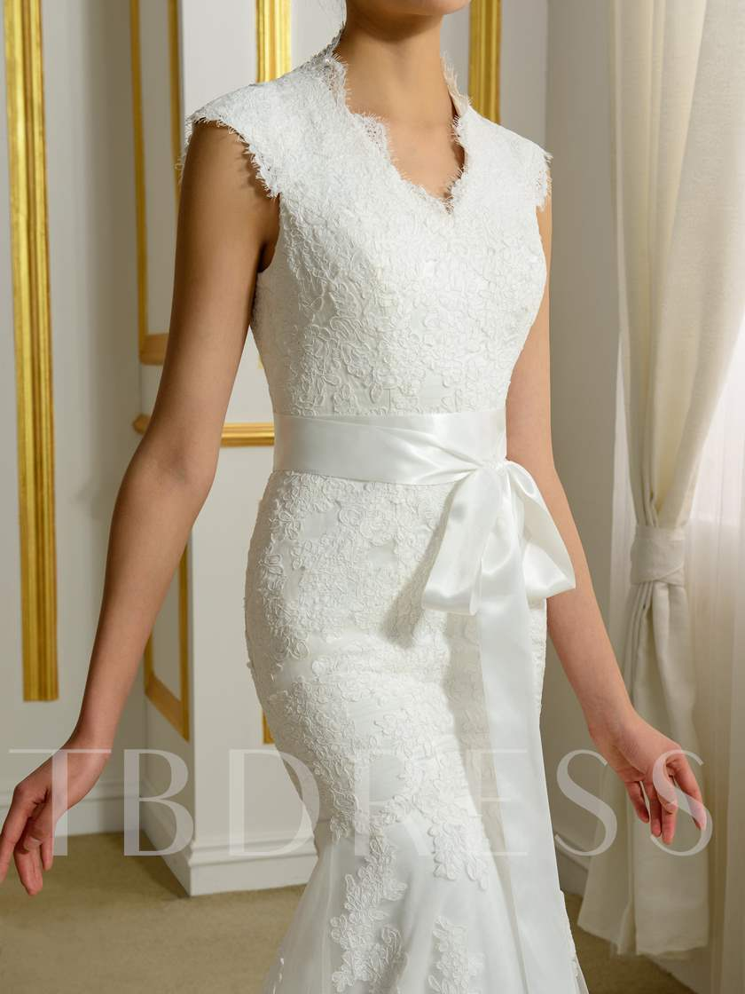 V-Neck Lace Ribbon Court Trumpet/Mermaid Wedding Dress