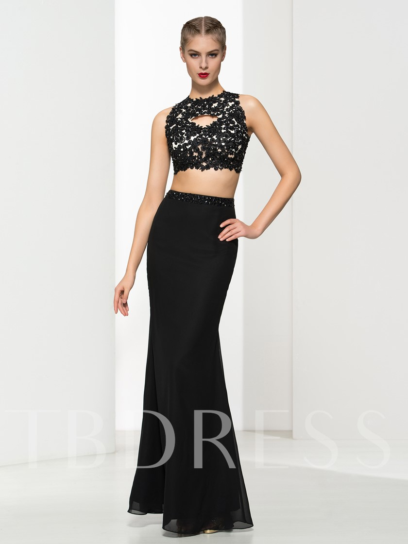 Sheath Scalloped-Edge Appliques Beading Evening Dress