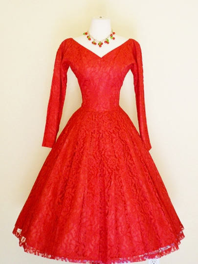 Long Sleeves V-Neck Lace A-Line Tea-Length Prom Dress